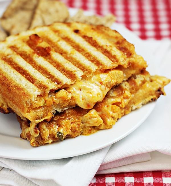 Французский сэндвич с цыпленком и сыром
