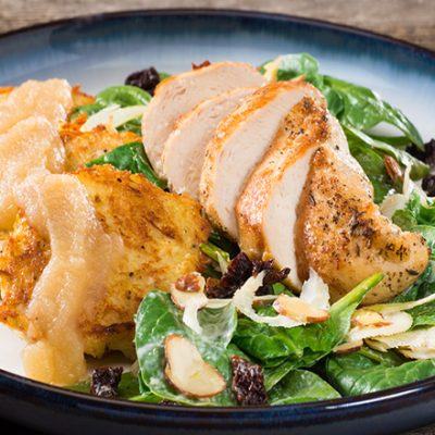 Изумительный стейк из курицы с яблочным соусом - рецепт с фото