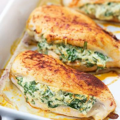 """Куриные """"кармашки"""", фаршированные сыром и шпинатом - рецепт с фото"""
