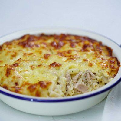 Тунец, запеченный с макаронами в сырной корочке (запеканка) - рецепт с фото