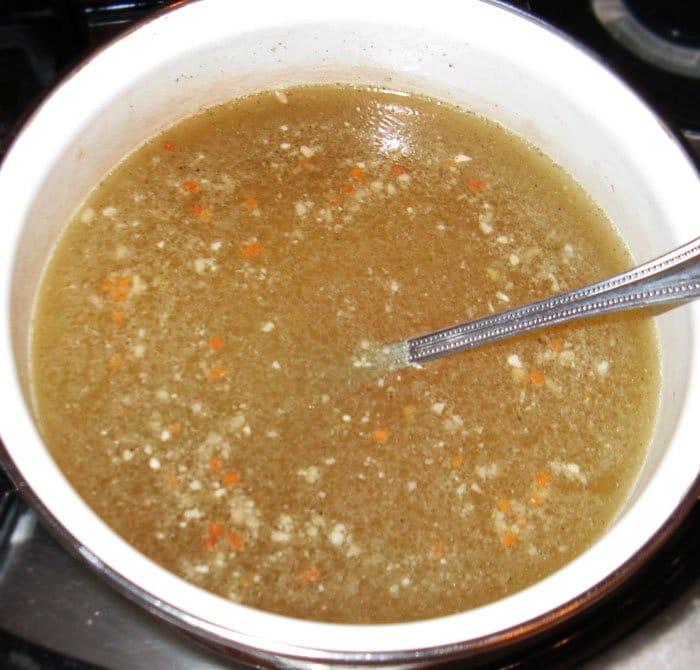 Фото рецепта - Заливное из языка с овощами - шаг 2