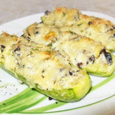 Фаршированные кабачки, запеченные в духовке - рецепт с фото