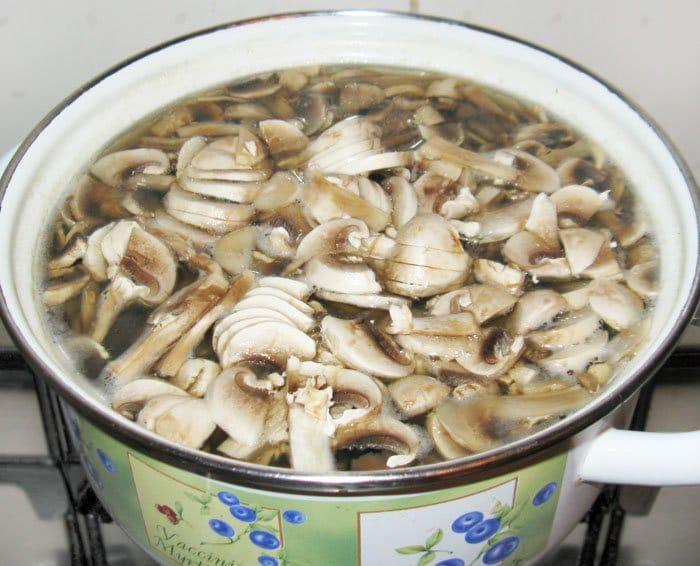Фото рецепта - Грибной суп - шаг 3