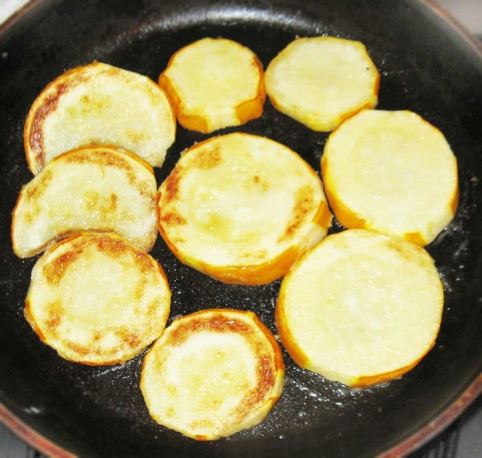 Фото рецепта - Кабачки запеченные в духовке - шаг 2