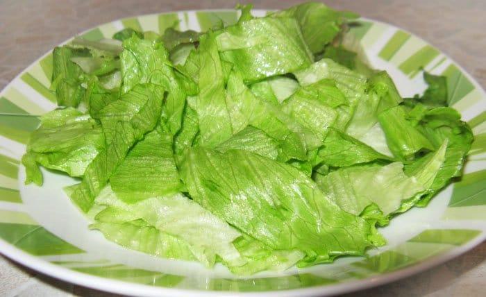 Фото рецепта - Салат с курицей и манго - шаг 5