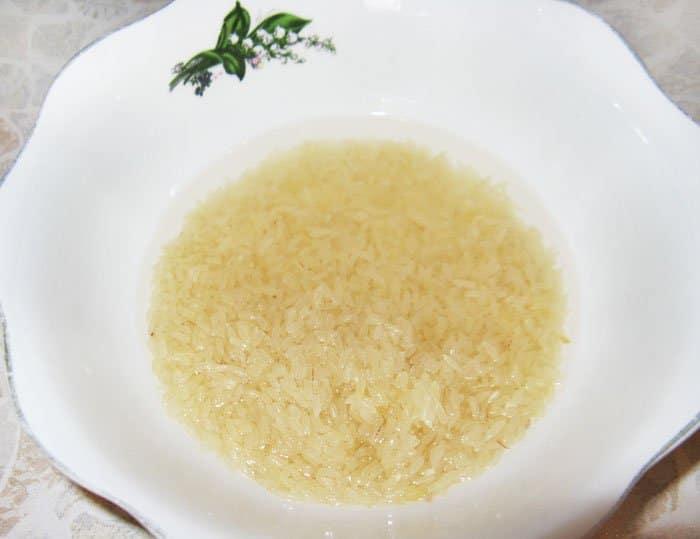 Фото рецепта - Суп с фрикадельками и рисом - шаг 3