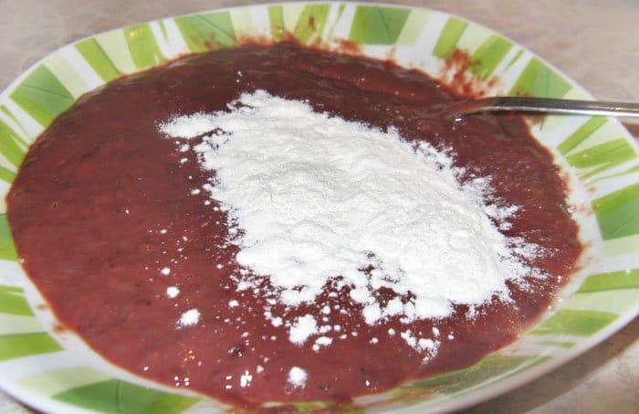 Фото рецепта - Говяжья печень с грибами - шаг 2