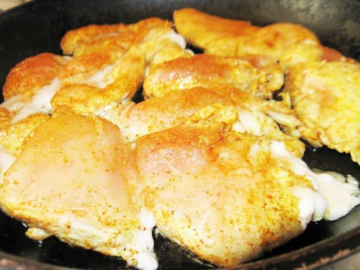 Фото рецепта - Курица по-нормандски с картошкой - шаг 2