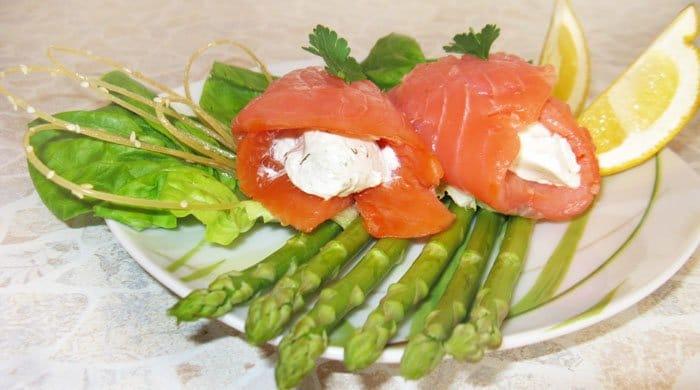 Мешочки из семги с творожным сыром - рецепт с фото