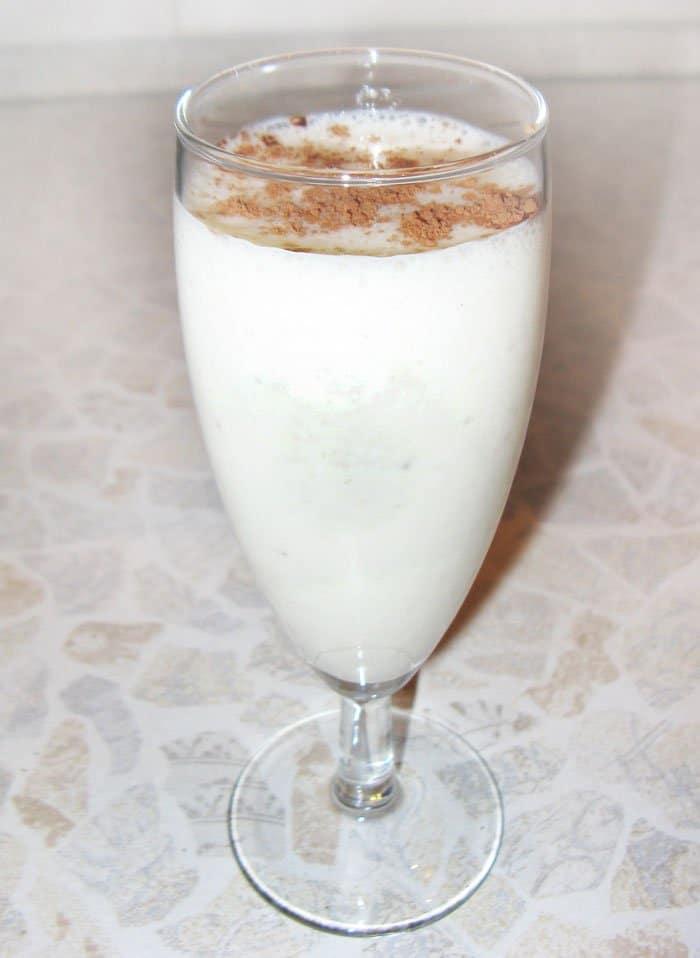Молочно-банановый коктейль - рецепт с фото