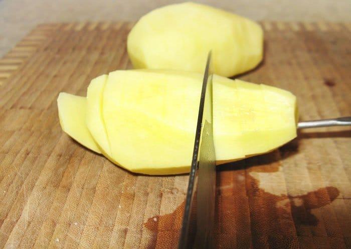 Фото рецепта - Запеченный картофель с беконом - шаг 1