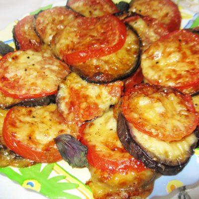 Баклажаны с сыром и помидорами из духовки - рецепт с фото