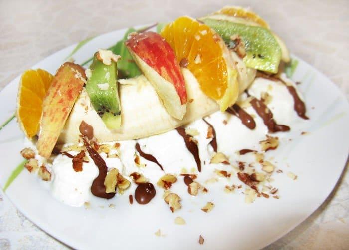 Фруктовый салат с мороженым - рецепт с фото