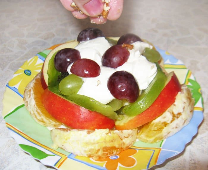 Фото рецепта - Фруктовый салат Микс - шаг 3