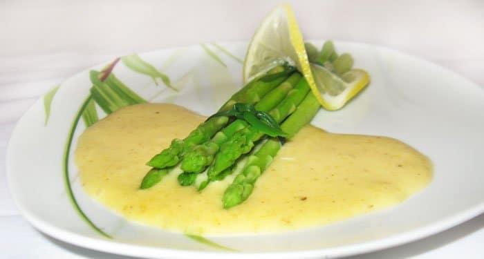 Голландский соус со спаржей - рецепт с фото