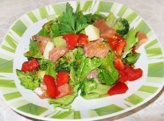 Мавританский салат с семгой - рецепт с фото