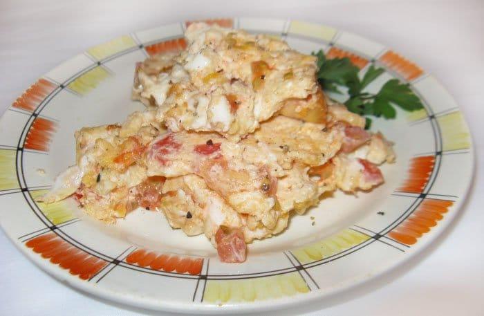 Фото рецепта - Яичница-болтунья с помидорами - шаг 5