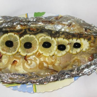 Целая форель запеченная в духовке - рецепт с фото