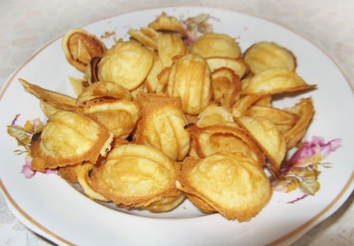 Фото рецепта - Печенье-сладкие орешки с заварным кремом - шаг 4