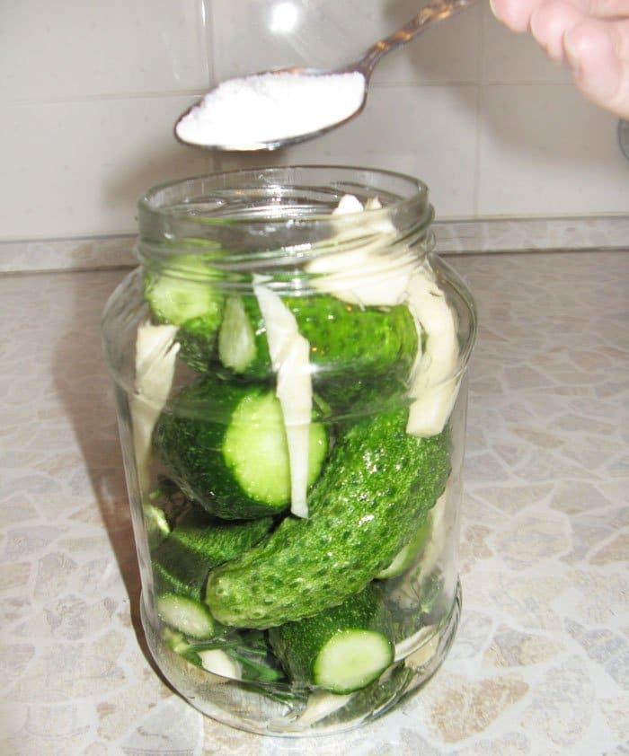 Фото рецепта - Солим огурцы холодным способом - шаг 3