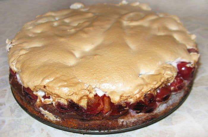 Фото рецепта - Торт с вишней - шаг 7