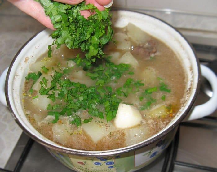 Фото рецепта - Тушеный картофель с мясом - шаг 4