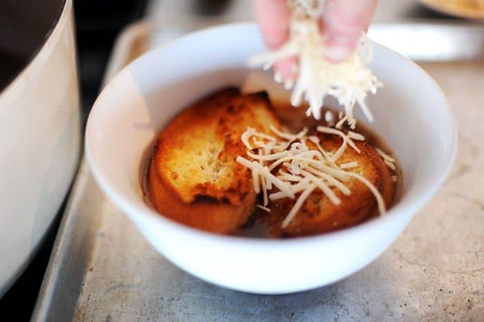 Фото рецепта - Луковый суп - шаг 7