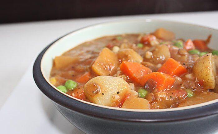 Овощное рагу с картофелем и чечевицей