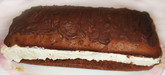 Шоколадный кекс с творожной начинкой - рецепт с фото