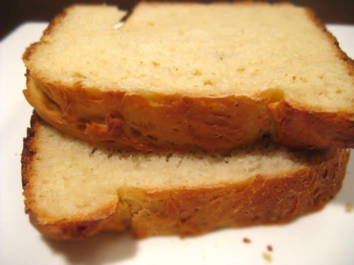 Фото рецепта - Сырный белый хлеб в хлебопечке - шаг 2