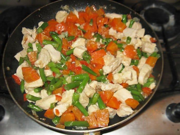 Фото рецепта - Кус-кус с курицей по-мароккански - шаг 2