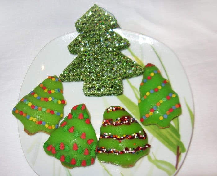 Фото рецепта - Новогоднее апельсиновое печенье - шаг 9