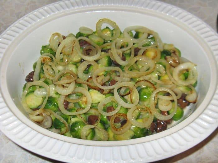 Фото рецепта - Запеченная брюссельская капуста с каштанами - шаг 8