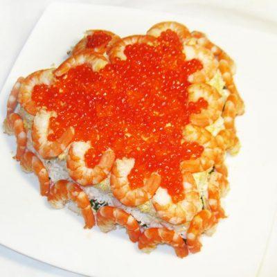 Праздничный салат из морепродуктов «С любовью» - рецепт с фото