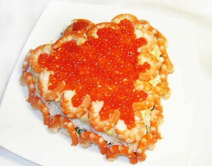 Праздничный салат из морепродуктов «С любовью»