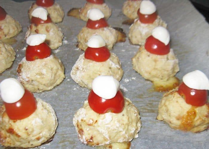 Фото рецепта - Мясные шарики с моцареллой - шаг 6