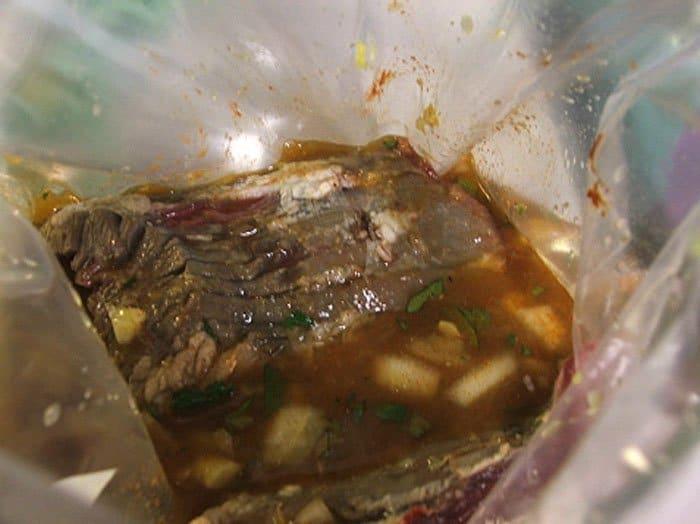 Фото рецепта - Стейк маринованный с «тройным» цитрусовым соусом - шаг 3