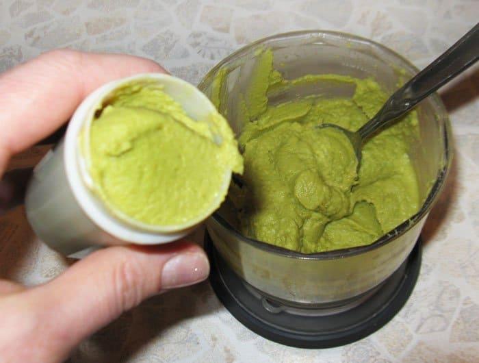 Фото рецепта - Паштет из зеленого горошка и авокадо с мятой - шаг 3