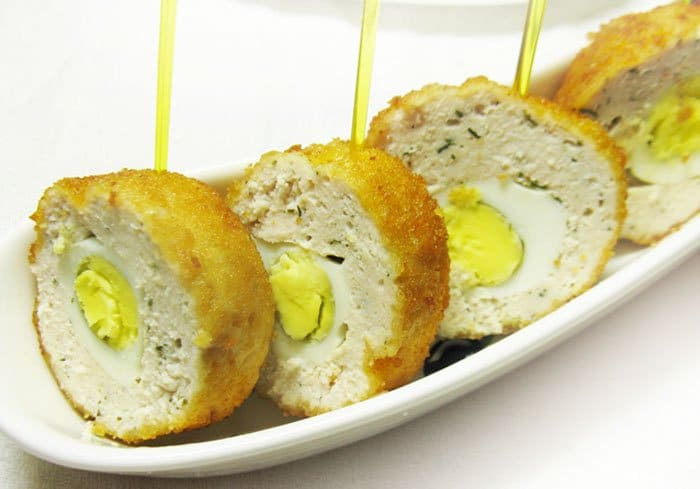 Фото рецепта - Перепелиные яйца по-шотландски - шаг 7