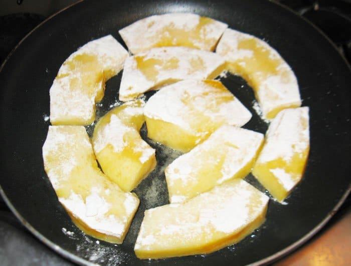 Фото рецепта - Запеканка из тыквы и брюссельской капусты с грибами - шаг 4