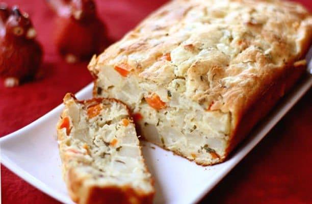Вкусный хлеб с морковью и картофелем - рецепт с фото