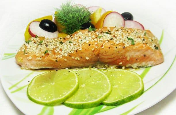 Маринованная жареная семга - рецепт с фото