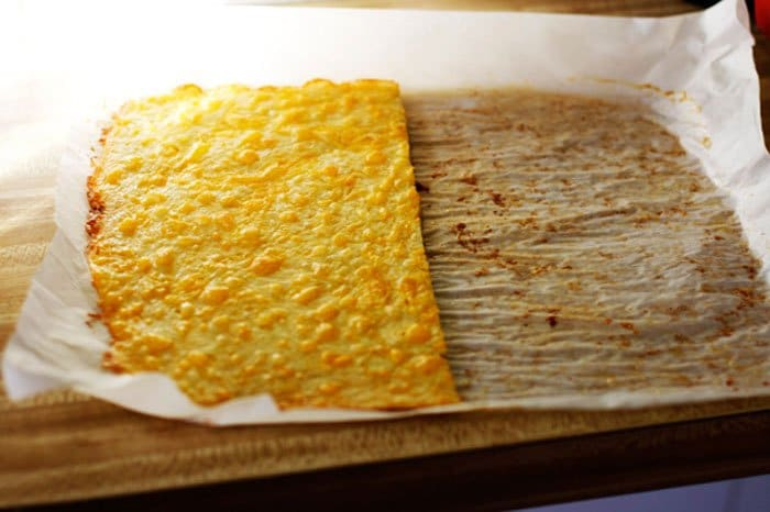 Фото рецепта - Слоеный сырный пирог с куриным фаршем - шаг 4