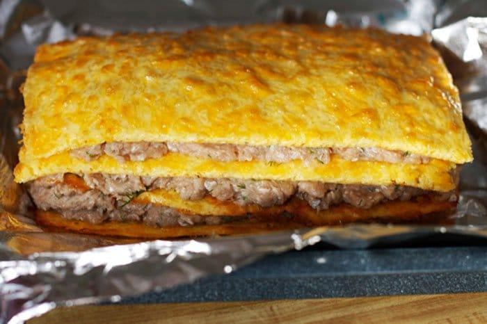 Фото рецепта - Слоеный сырный пирог с куриным фаршем - шаг 9