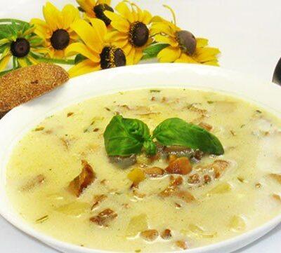 Летний суп из лисичек с плавленым сыром - рецепт с фото