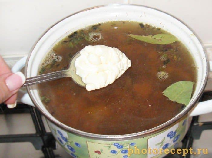 Фото рецепта - Летний  суп из лисичек с плавленым сыром - шаг 6