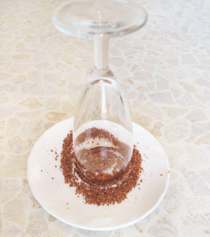Фото рецепта - Шоколадно-ореховый смузи - шаг 6
