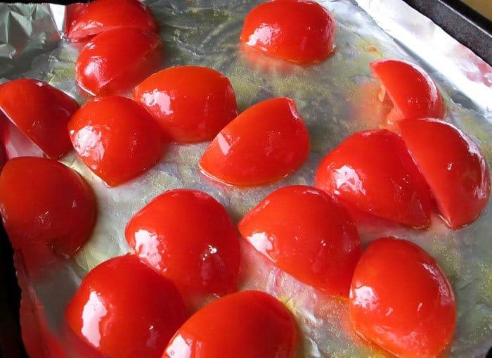 Фото рецепта - Спагетти с томатным соусом из запеченных помидор - шаг 1