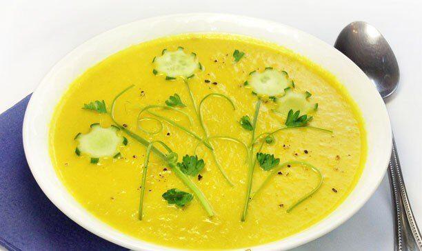 Бархатистый крем-суп из кабачков