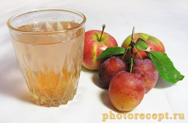 Компот из слив и яблок на зиму - рецепт с фото